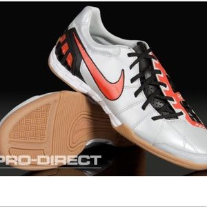 Nike t 90 indoor soccer men